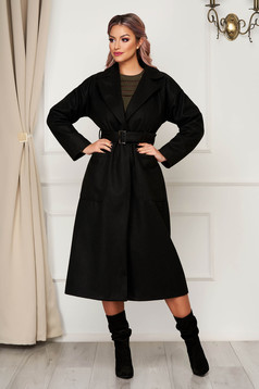 Elegant black coat straight from non elastic fabric with pockets