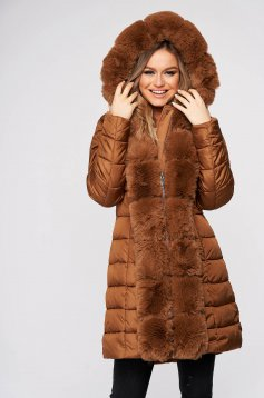 Brown jacket casual from slicker double-faced arched cut with faux fur accessory