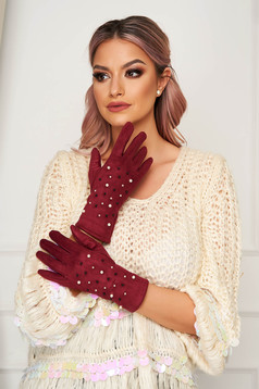 Burgundy accesories from velvet fabric with pearls