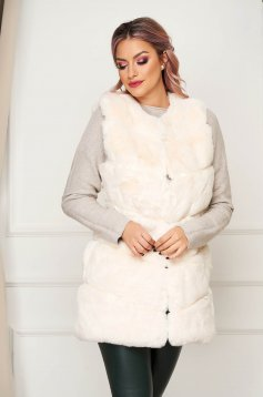 White gilet elegant from ecological fur with straight cut