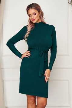 Green dress short cut daily knitted with straight cut with turtle neck