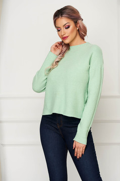 Green women`s blouse casual flared knitted with large collar