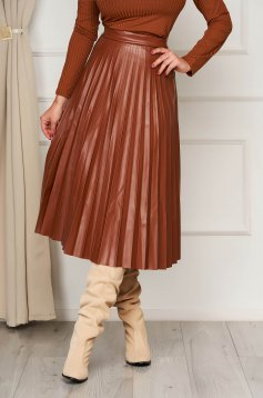 Brown cloche skirt midi elastic waist folded up from ecological leather