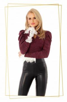 Bluza dama PrettyGirl visinie cu un croi mulat cu decolteu in v din material tricotat cu aplicatii de dantela