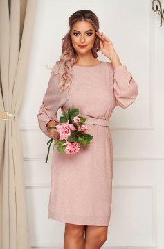 Rochie StarShinerS roz prafuit midi eleganta din voal cu sclipici si maneci largi