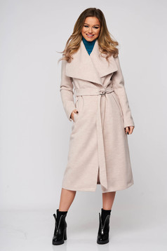Lightpink coat casual with straight cut from non elastic fabric accessorized with tied waistband