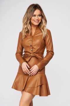 Brown dress daily cloche faux leather accessorized with tied waistband with ruffles at the buttom of the dress