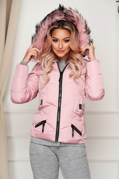 Pink jacket casual short cut from slicker with faux fur accessory