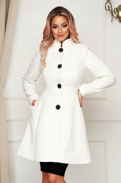 White elegant coat from non elastic fabric with inside lining cloche short cut with padded shoulders