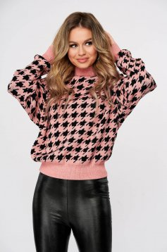 Pink sweater with chequers knitted turtleneck casual