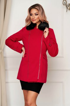 Red coat elegant short cut straight cloth with faux fur accessory
