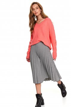 Pink sweater casual knitted flared with v-neckline