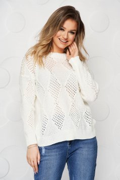White sweater casual knitted flared with pearls