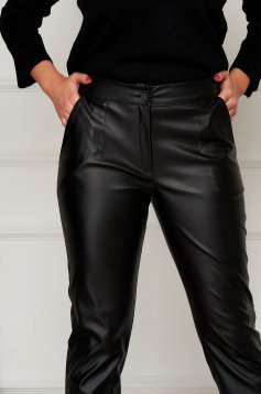 Black trousers conical from ecological leather with pockets with easy cut