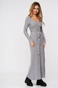 Grey dress knitted accessorized with tied waistband from striped fabric from elastic and fine fabric casual