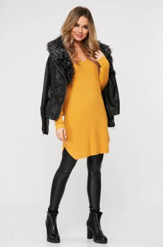 Mustard blouses & shirts from elastic and fine fabric from striped fabric knitted with v-neckline
