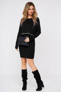 Rochie SunShine neagra din material moale reiat tricotat cu aplicatii cu pietre strass