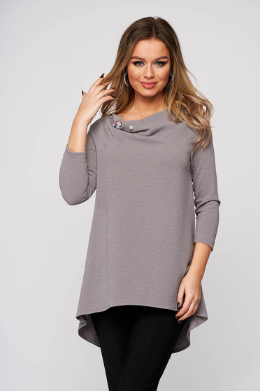 Sweater StarShinerS grey asymmetrical accessorized with breastpin with glitter details cowl neck