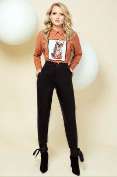 Pantaloni PrettyGirl negri din imitatie de piele office cu talie inalta conici accesorizati cu fundite