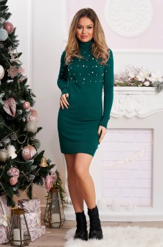 Dirty green dress turtleneck with pearls from elastic and fine fabric short cut