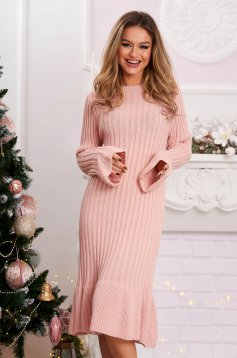 Midi dress lightpink from striped fabric knitted with bell sleeve