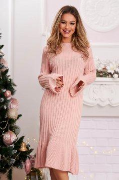 Rochie roz prafuit midi din material reiat tricotata cu maneci clopot
