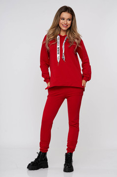 Red sport 2 pieces cotton with pockets slightly elastic fabric with undetachable hood