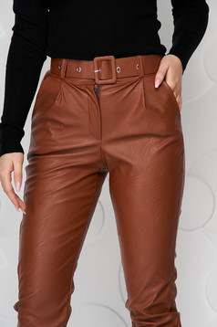 Brown trousers from ecological leather conical accessorized with belt