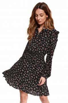 Black dress with floral print elastic held sleeves cloche with elastic waist
