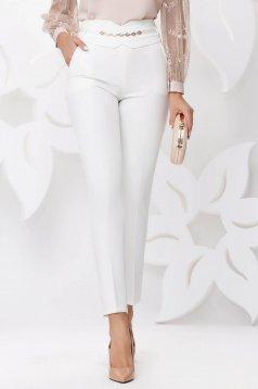 Pantaloni Fofy albi eleganti conici cu talie inalta si buzunare