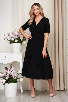 Rochie neagra din material elastic cu croi in a nod rasucit in talie si cu decolteu adanc