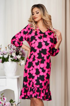 StarShinerS pink dress with ruffle details with graphic details loose fit nonelastic fabric