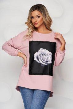 Bluza dama SunShine roz deschis din bumbac elastic cu croi larg cu imprimeuri grafice