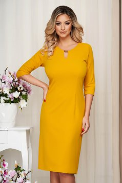 Dress yellow office short cut straight with metalic accessory