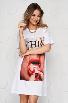 White dress short cut straight cotton with graphic details