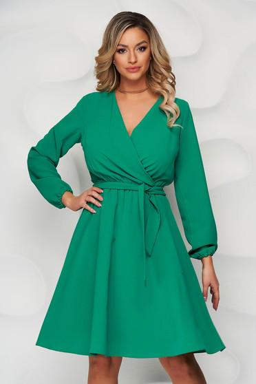 Rochie StarShinerS verde midi clos cu elastic in talie cu decolteu petrecut captusita pe interior