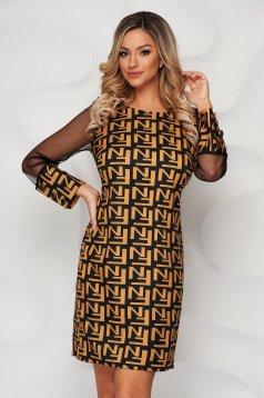 Rochie galbena cu imprimeuri grafice office cu un croi drept maneci transparente