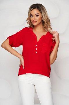 Bluza dama Lady Pandora rosie din material vaporos accesorizata cu nasturi cu croi larg