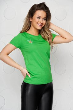 Tricou StarShinerS verde din bumbac organic cu croi larg si broderie florala creata in atelierele StarShinerS