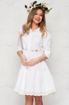 White dress cotton a-line with lace details midi