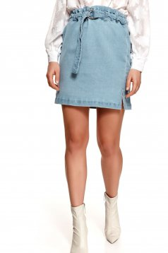 Blue skirt high waisted straight accessorized with belt