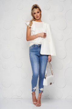 Blue jeans denim skinny jeans with net accessory