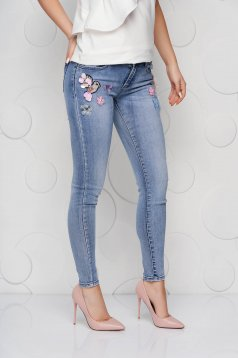 Blue jeans denim skinny jeans high waisted with net accessory