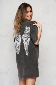 Darkgrey t-shirt cotton loose fit with graphic details