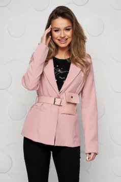 Lightpink jacket tented accessorized with belt purse
