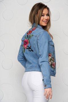 Blue jacket denim short cut
