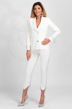 Pantaloni PrettyGirl ivoire eleganti asimetrici conici cu talie normala cu franjuri in partea de jos