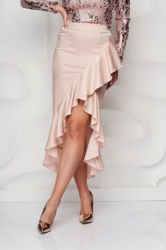 Fusta StarShinerS roz prafuit eleganta din material satinat asimetrica si cu volanase