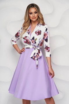 Rochie StarShinerS lila eleganta midi in clos din stofa subtire cu decolteu petrecut