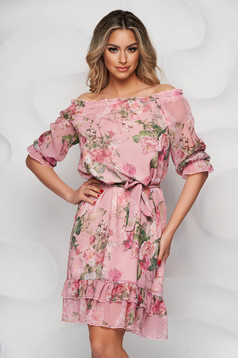 StarShinerS dress with floral print midi thin fabric with ruffles at the buttom of the dress elastic held sleeves